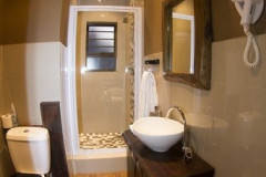 Albatross-House-Bathroom2-Copy1